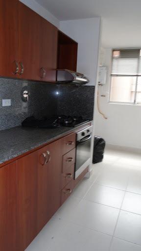 Apartamento En Arriendo Loma De Los Bernal 984-115