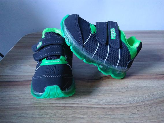 Tênis Infantil Com Luz Led Crik Com Velcro 22 Preto E Verde