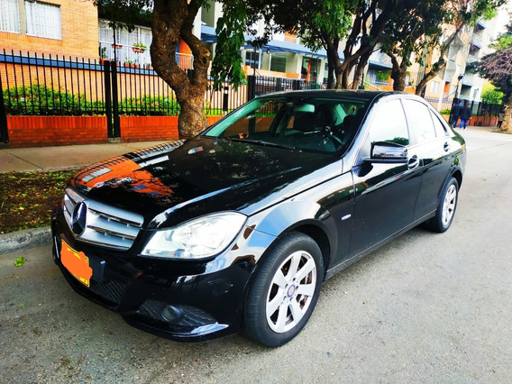 Vendo Hermoso Sedan Mercedes Benz C180 Modelo 2012
