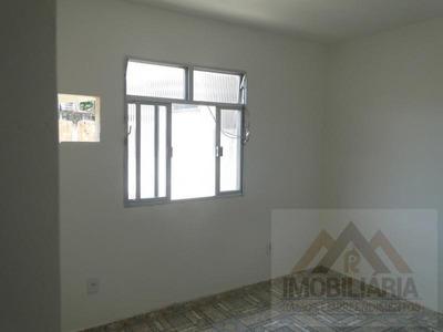 Kitnet Para Locação Em Duque De Caxias, Gramacho, 1 Dormitório, 1 Banheiro - L175