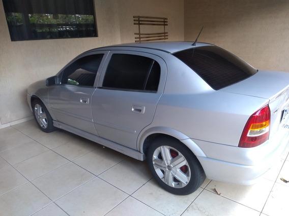 Chevrolet Astra Sedan 1.8 Milenium 4p 2000