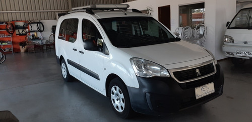 Peugeot Partner 1.6 Furgon Confort Hdi 5 Puertas