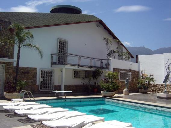 Casa Clnas De Los Chaguaramos Rah7 Mls19-11240