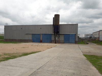 Nave Industrial 2.500 M² / Pte. Grua 5 Tn.