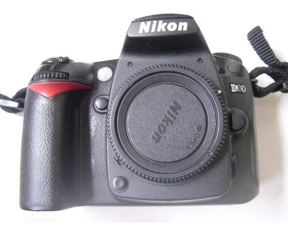 Nikon D 90 -21 Mil Cliks