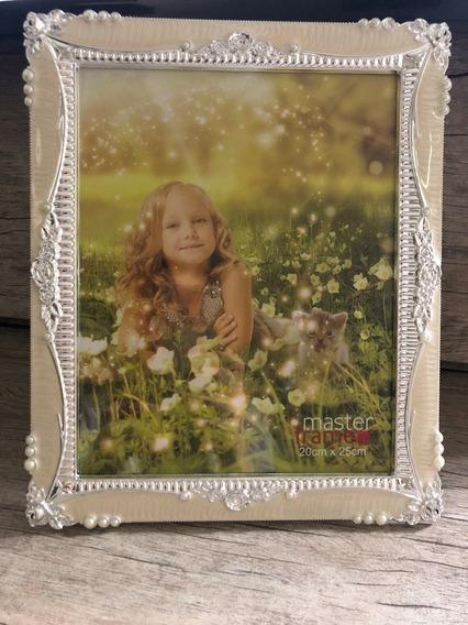 Porta Retrato 20x25 Com Moldura De Plastico Perola