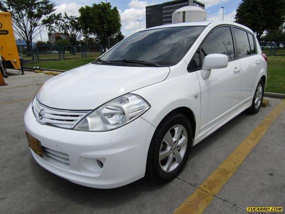 Nissan Tiida Hatchback