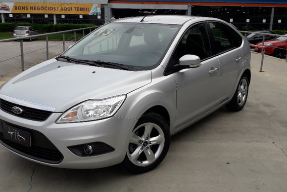 Focus Hatch Glx 2.0 16v (flex)