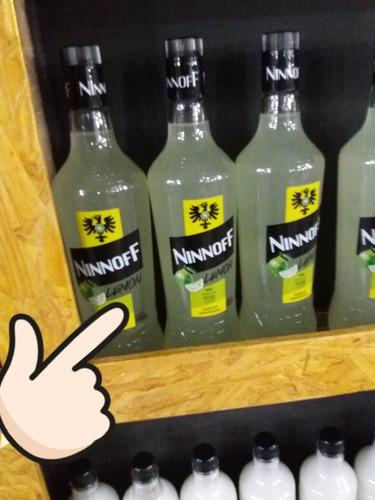 Imagen 1 de 6 de Vodka Saborizado.  Botella Vidrio