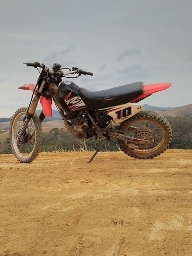 Imagem 1 de 4 de Honda Xr 200