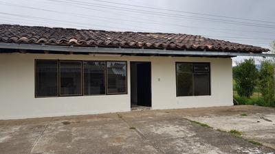Se Vende Casa 3 Recs , Extensión De Terreno 1054 Mt2