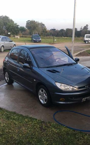 Peugeot 206 2004 1.6 Xt
