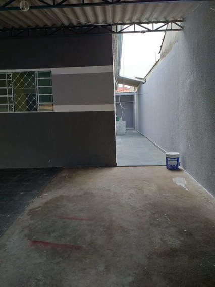 Casa Com 1 Dorm, Jardim Santa Marina, Jacareí - R$ 160 Mil, Cod: 8857 - V8857