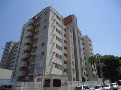 Apartamento No Anita Garibaldi Com 2 Quartos Para Locação, 53 M² - 5282