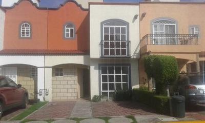 Hermosa E Iluminada Casa En Renta Con Portón Eléctrico Jardines De San Miguel
