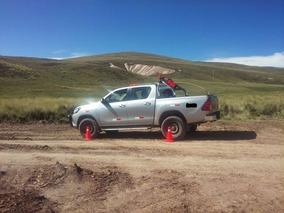 Alquiler De Camioneta Toyota Hilux 4x4, Rav4