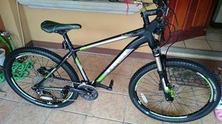 Trek 4700 Mountain Bike 26