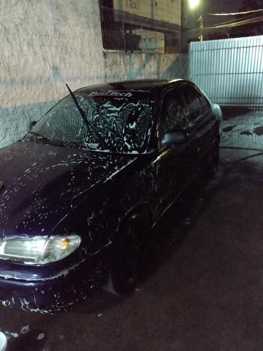 Imagem 1 de 9 de Hyundai Accent