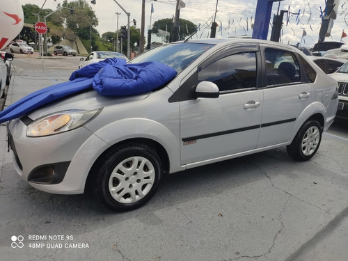 Fiesta Sedan 1.6 Completo, R$ 799,00 Sem Entrada