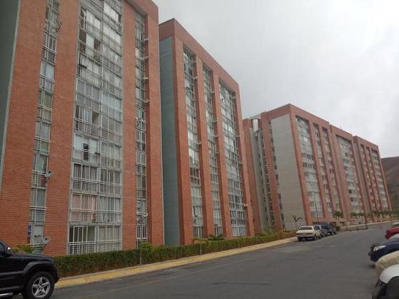 Apartamento En Venta Mls ##20-9605