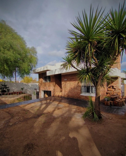 Dueño Vende Hermosa Casa Tipo Chalet En Sayago