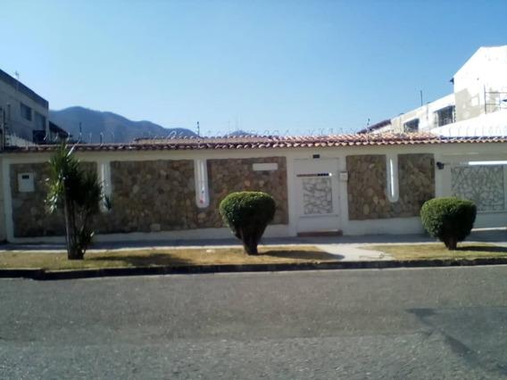 Venta De Casa Trigal Centro 250 Mts