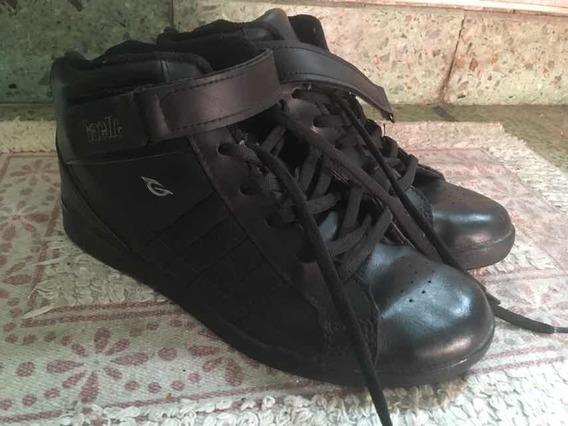 Zapatillas Simil Cuero Gaelle!!!