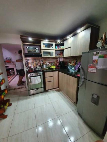 Casa En Venta, 67m2 ,castilla Parte Baja, Medellin