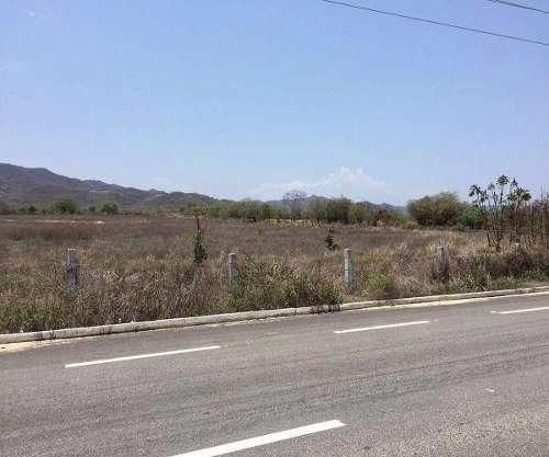 Venta Bolsa De Tierra De 2ha A Orilla De La Autopista Puerto Escondido