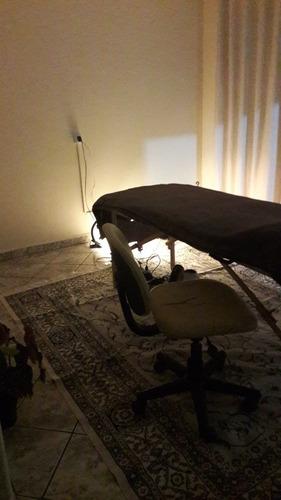 Imagem 1 de 2 de Massoterapeuta Holística..vários Tipos De Massagens Shiatsu