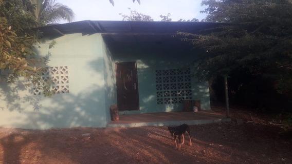 Casa De Segunda En Divino Niño, Los Abanicos
