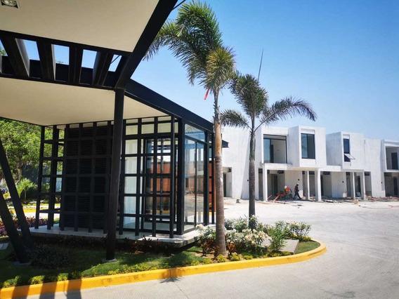 Venta Casa 3 Rec. Fraccionamiento Cerca Aeropuerto Vallarta.