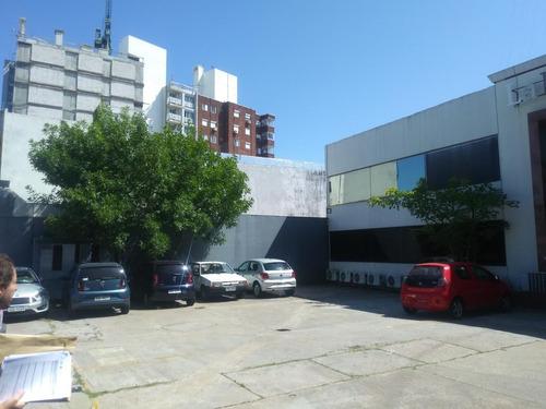 Edificio Comercial - La Blanqueada