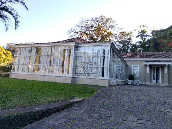 Casa - Centro - Ref: 374 - V-374