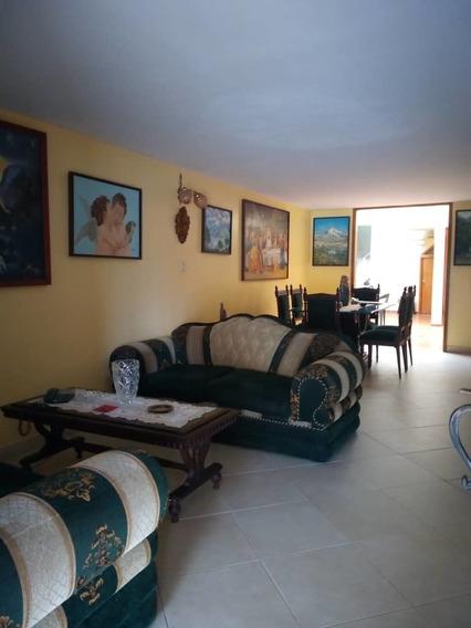 Casa Hermosa En San Cristobal