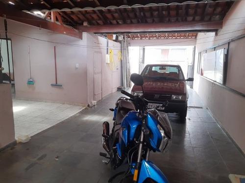 Casa Res. / Cml. 3 Dorm. 1 Ste V. Municipal,  Bragança Plta