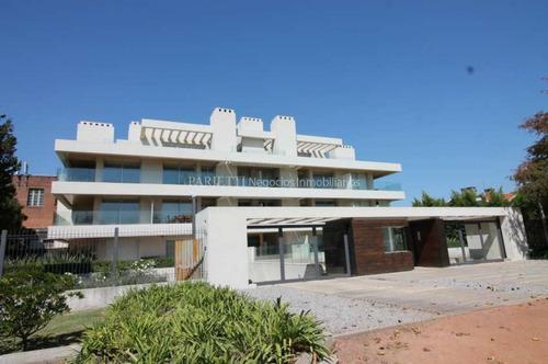 Carrasco Alquiler Apartamento 3 Dormitorios Parrillero Piscina