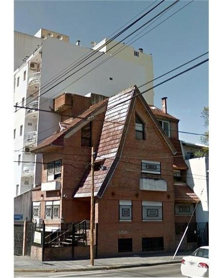 Casa 5amb.caseros.potencial Comercial/terreno.