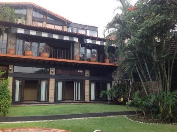 Preciosa Casa Estilo Campestre En Fracc. Burgos, Morelos