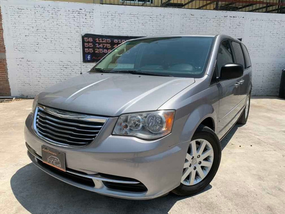 Chrysler Town & Country 3.6 Li 2014 Impecable