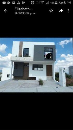 Casa Hermosa En Zibata Con Sotano Muy Bien Ubicada