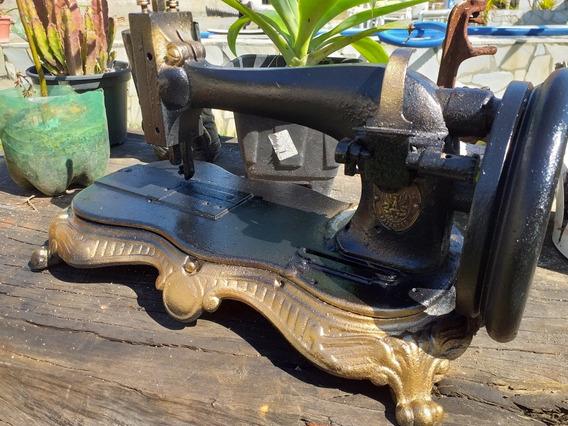 Maquina De Cosrura Antiga Manual Manivela Somente Decoração