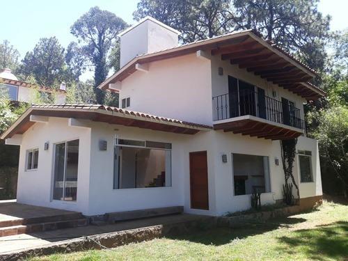 Casa En Renta, Excelente Ubicación. Valle De Bravo