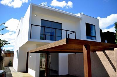 Casa Com 2 Quartos No Rio Tavares! - 70646