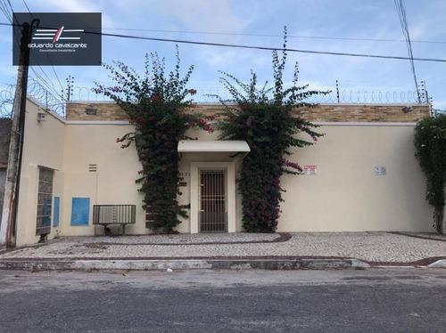 Kitnet Mobiliado Com 1 Dormitório Para Alugar, 25 M² Por R$ 1.100/mês - Varjota - Fortaleza/ce - Kn0008
