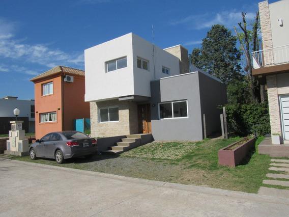 Dueño Vende Con Credito Hernosa Casa En Barrio Cerrado