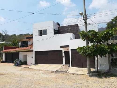 Casa Sola En Venta Fracc Colinas Del Sur