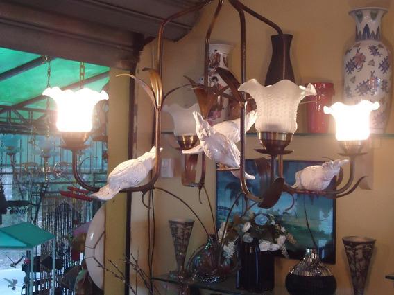 Lustre Com Pássaros Cacatua De Porcelana Antigo
