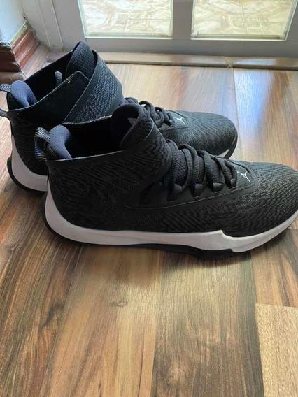 Tenis Jordan