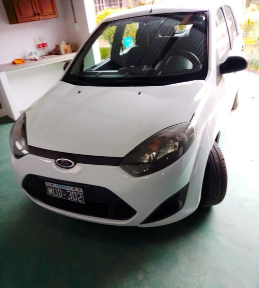 Ford Fiesta Ambiente Plus 2013